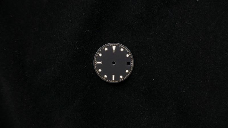 28mm-4line-date-non-logo