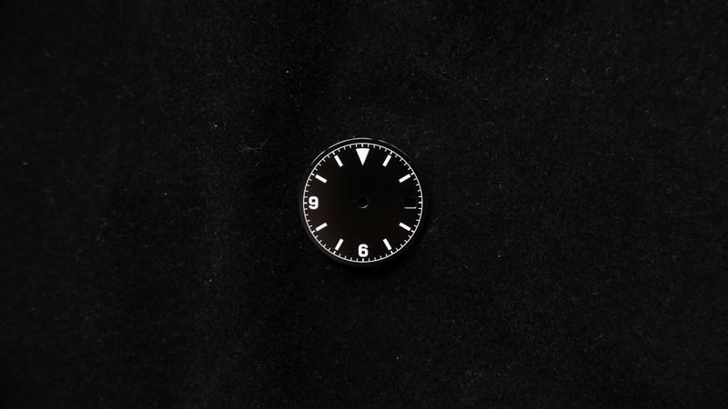 glossy-369-date-non-logo