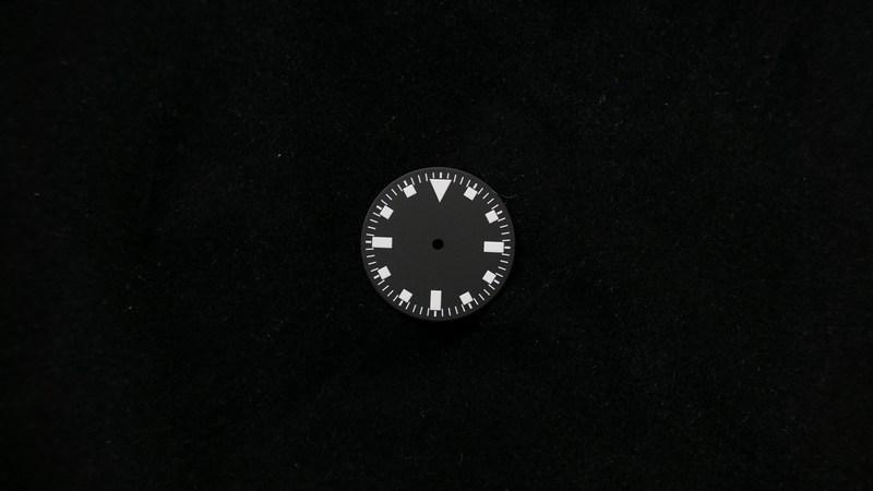 snow-flake-black-non-logo-non-date