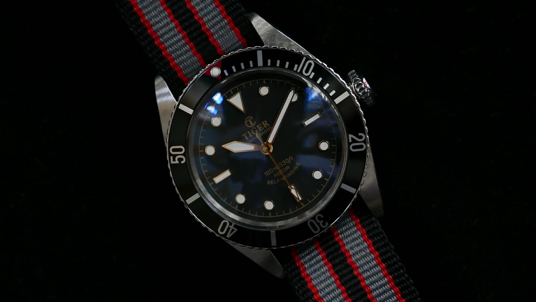 5508-red-pip-strap