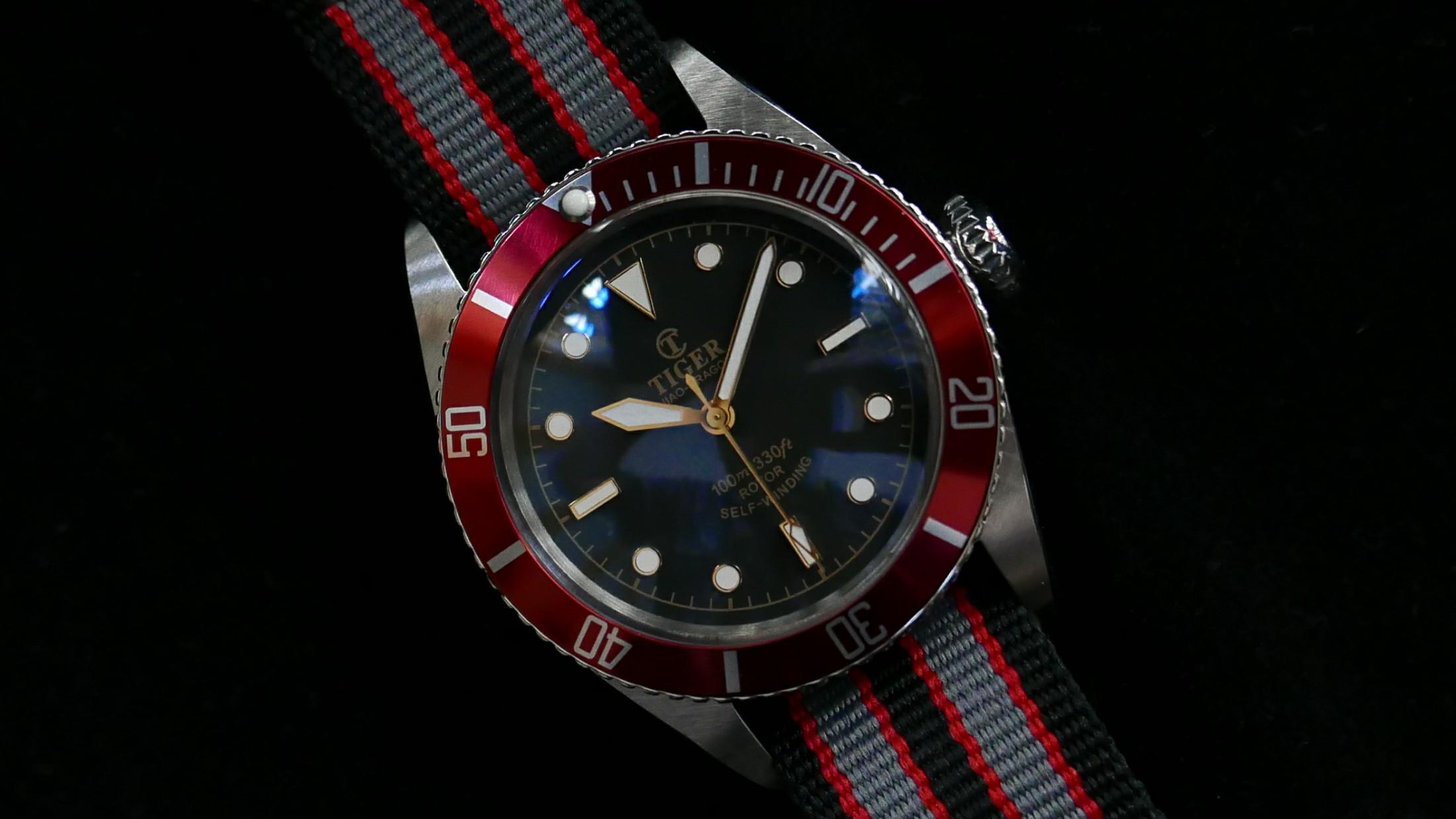 5508-red-strap