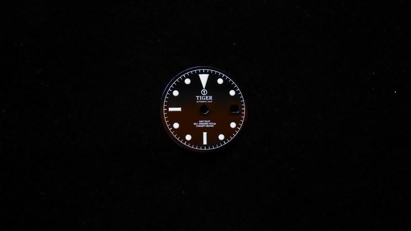 gmt-pilot-glossy-black
