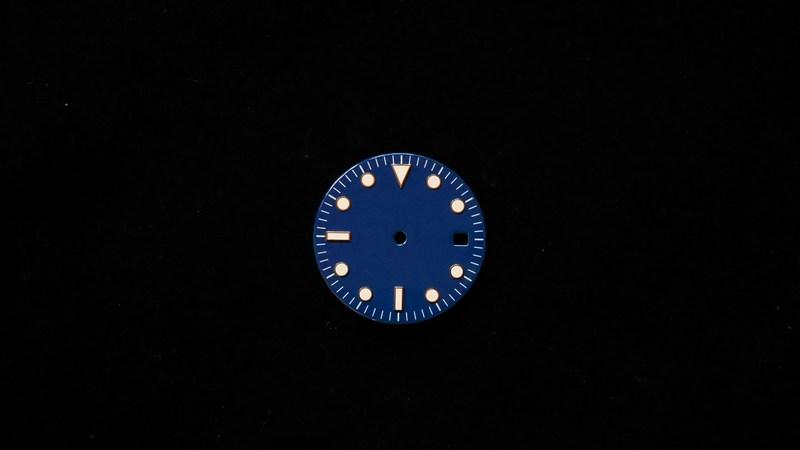 modern-glossy-blue-non-logo-date