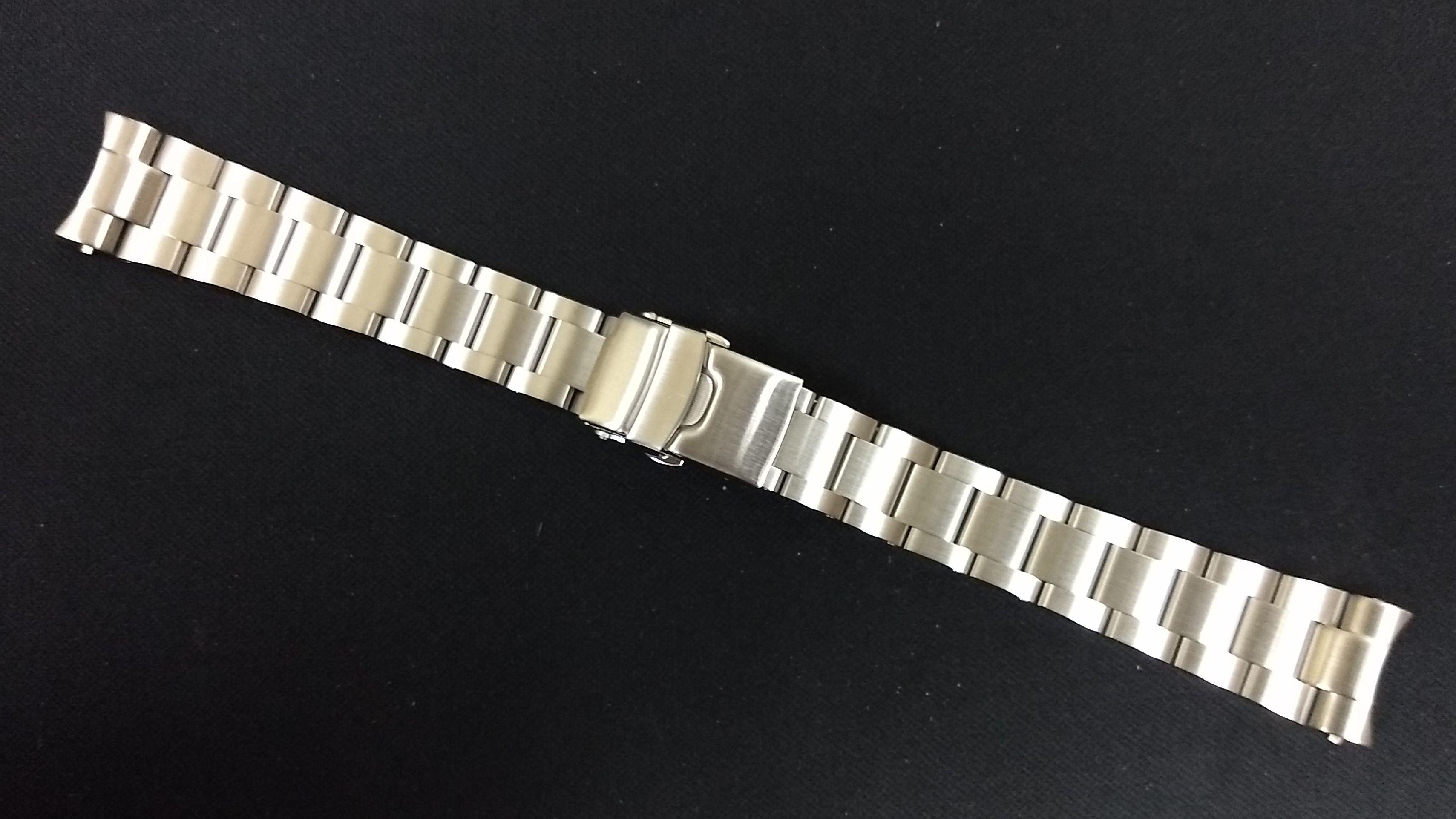 rivet-bracelet