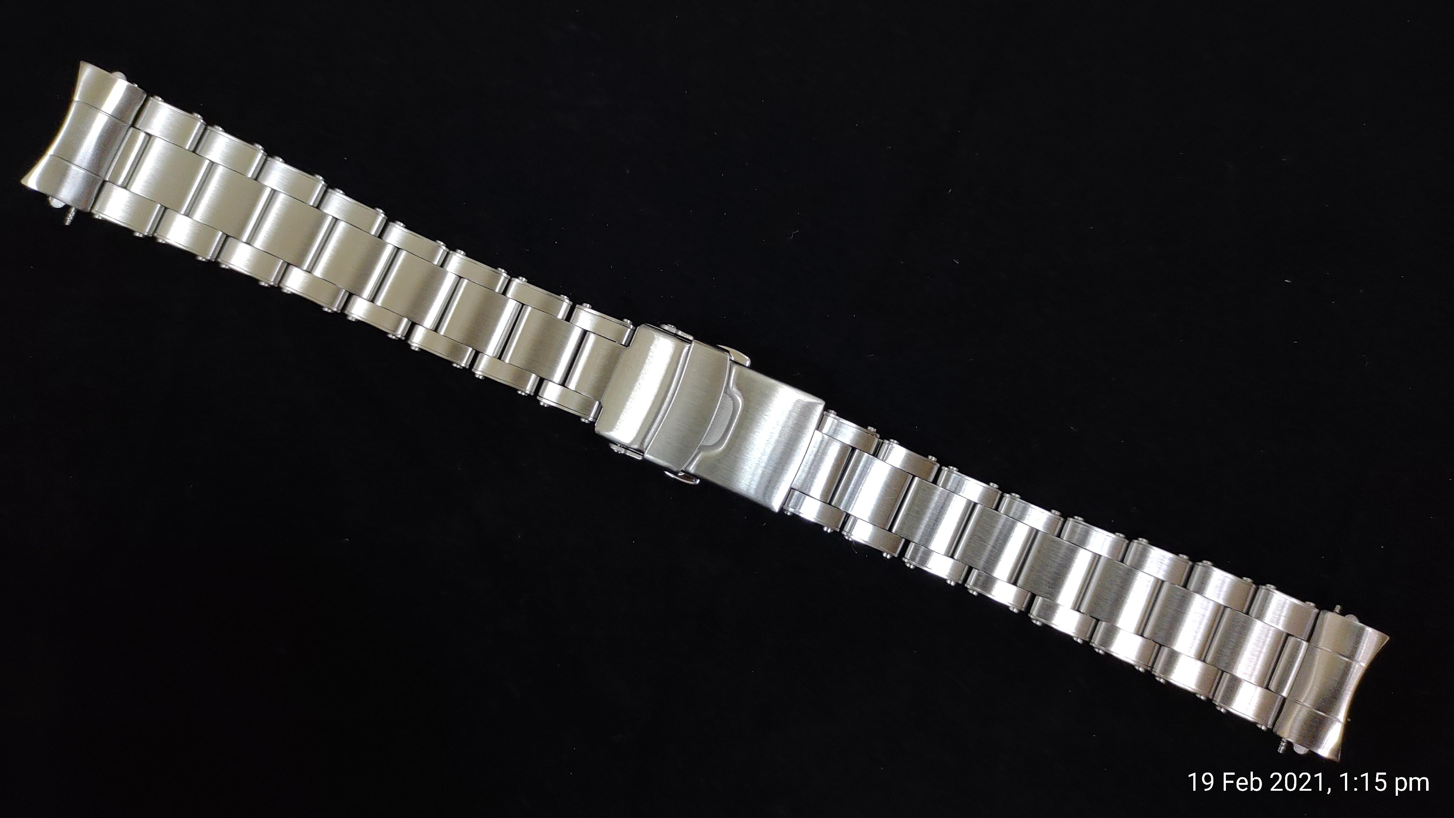 rivet-bracelet-v4